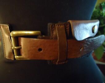 Vintage 1990s Boho Gypsy Chic Brown Leather Pocket Snap Belt