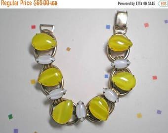 15% DISCOUNT Yellow and Milk 6 Link Bracelet     Item 15551