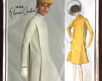 1960's Vogue Paris Original Pierre Cardin Dress Pattern - Bust 31 - no. 1694