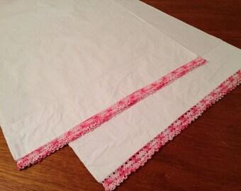 Unused Vintage Pair Pink Crocheted Edge Standard Cotton Pillowcases