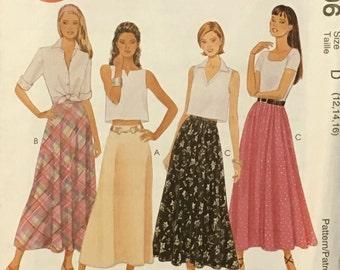 Skirt Pattern / Misses Skirt / Small Skirt Pattern / Medium Skirt Pattern / Bias Skirt Pattern / 2 Hour / McCalls 8796 / UNCUT