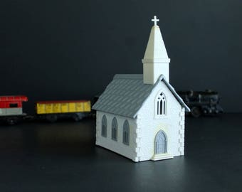 Vintage PlasticVille USA Church WIth Steeple Kit Model Railroad Train Scenery