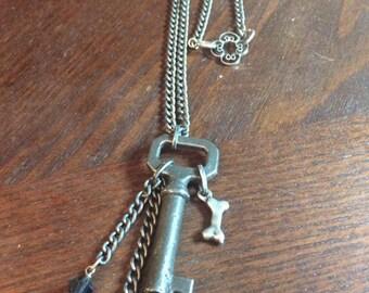 Vintage skelton key necklace