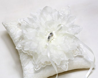 Wedding Ring Bearer Pillow, flower ring pillow , lace ring pillow, ivory ring pillow, wedding ring cushion