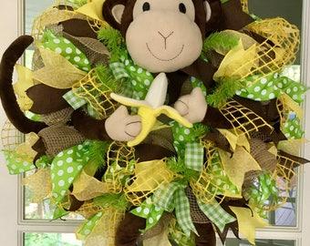 Deco mesh wreath monkey with banana