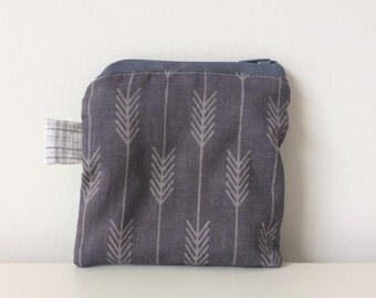 Arrows Coin Purse - Zippered Change Pouch - Grey, Credit Card Holder, Modern Coin Purse, Small Accessories, Tiny Pouch, Lined, Boys Gift