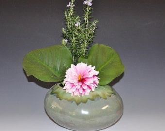 Pebble-like green ceramic vase, Ikebana vase, Holidays gift, wedding gift, house warming gift