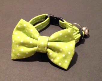 Cat Collar Bow Tie Set - Limegreen And White Mini Polka Dots - Availlable In 3 Sizes