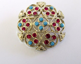 Sarah Coventry Ceylon gold tone brooch pin