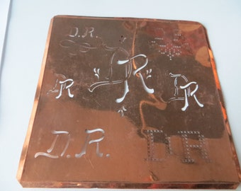 Antique European Copper Monogram Stencil DR / RD    Letters initials  metal fabric laundry  pillowcases sheets tablecloth napkin Embroidery