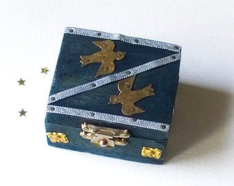 Small Wooden Box, Vintage Handcrafted Ornate Wooden Box with Brass Birds Embellishments, Trinket Jewelry Box