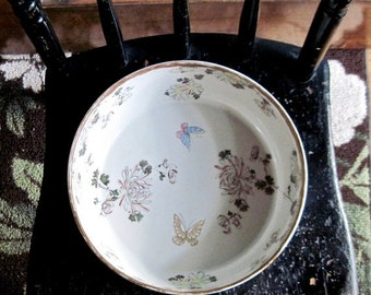 Antique Chinoiserie Bowl, Vintage Butterfly Bowl, Antique Bowl, Asian Bowl, Chinese Bowl, Antique Porcelain, Vintage White Floral Bowl