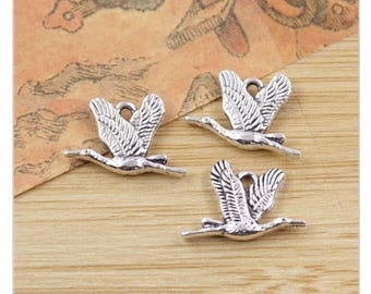 8 Wild Goose Chase Charms Cranes Ocean Birds Atq Silver Tone Double Sided 20 x 13 mm