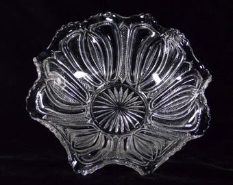 Antique 1910's EAPG Feathered Arrow Serving Bowl aka Feather and Loop, Clear Pressed Glass, UV Black Light Positive, Unknown Maker - BB