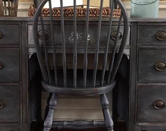 SOLD  Vintage Farmhouse Vanity, Rustic Vanity, Shabby Chic Vanity, Rustic Desk, Painted Desk, Farmhouse Desk,  Pick Up Only