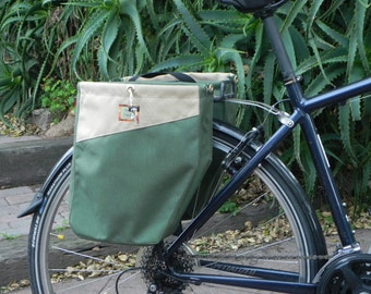 Two color classic style bicycle bags/pannier