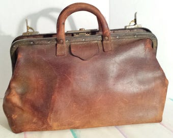 Doctors Leather Medical Bag Satchel Vintage 1920's