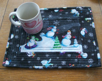 Quilted Cotton Place Mats, Set of 4 Place Mats, Mug Rugs, Snowman Place Mats