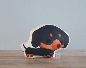 Dachshund Pillow (Black and Tan Doxie)