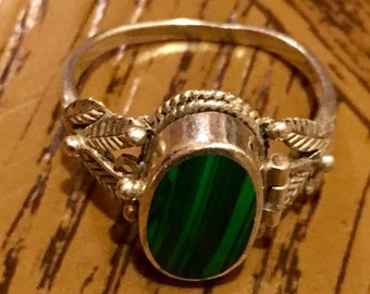 Vintage Malachite  Sterling Silver Poison Ring