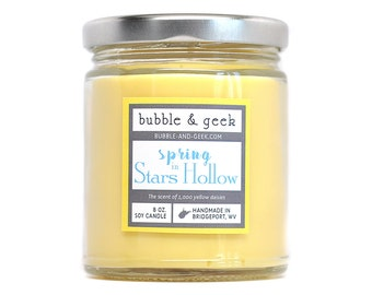 Spring in Stars Hollow scented soy candle - 8 oz. jar - 1,000 yellow daisies