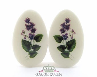 "Violet Flower Teardrop Plugs / Gauges. 2g /6.5mm, 0g /8mm, 00g /10mm, 1/2"" /12.5mm, 9/16"" /14mm, 5/8"" /16mm, 3/4"" /19mm, 7/8"" /22mm, 1""/25mm"