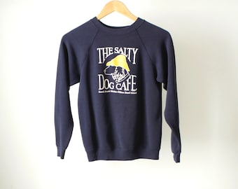 vintage the SALTY DOG faded navy blue dog in a RAIN hat size small sweatshirt vintage women's small extra small top