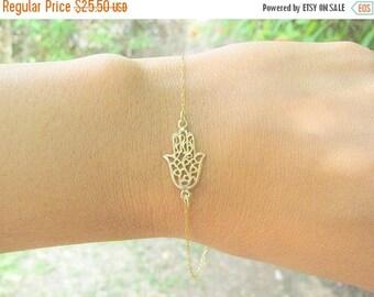 Mothers Day Sale - Hamsa bracelet - Gold hamsa bracelet - Gold bracelet, Dainty hamsa bracelet - Evil eye bracelet