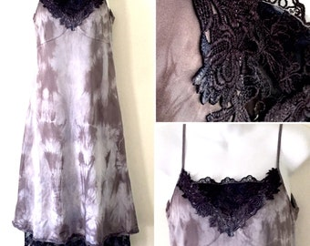 Boho Hippy Festival French Lavender Charcoal Lace Tie Dyed Vintage Dress ~ Medium AU 10 - 12 US 8 - 10 ~ Gothic Grunge Lace Vintage