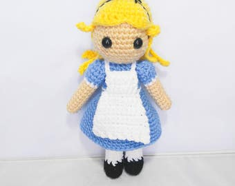 Amigurumi Alice in Wonderland Doll