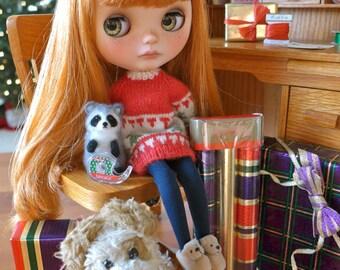 Blythe Christmas Ribbon, Tape, Raffia & Happy Holiday Cards