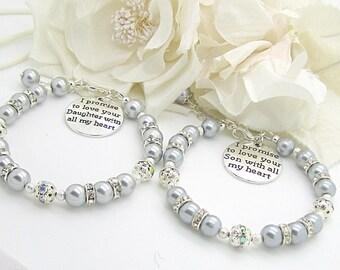 Mother of the Bride Bracelet, Mother of the Groom Pearl Wedding Bracelet, Brides Gift To Mum, Mother In Law Gift, Parents Charm Bracelet