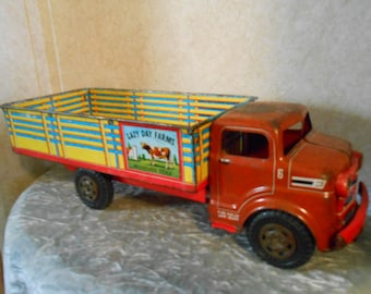 "1950's Marx Metal ""Lazy Day Farms"" Truck"