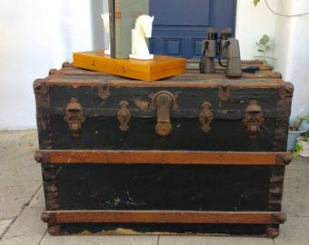 Antique Steamer Trunk Wood Slats & Brass Details Primitive Coffee Table Trunk Flat Top Steamer Chest Antique Trunk Storage Rustic Furniture