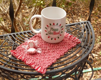 Drink coasters, mug rugs, handmade set of 2, Christmas RED and WHITE coasters, soft cotton crochet, Ready to ship