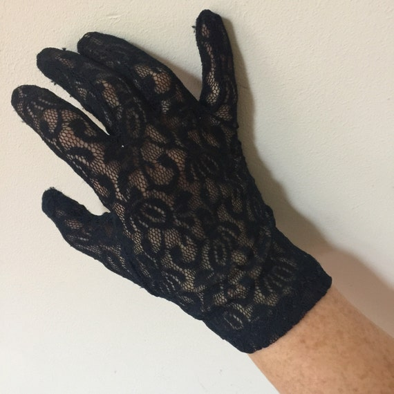 Vintage gloves black lace wrist length shorties 1950s 1980s stretch lacy size 7 Scooter girl Vintage wedding bridal bridesmaid peep holes