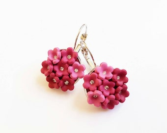 Flower jewelry/ Polymer earrings/ Polymer clay jewelry/ Floral jewelry/ Burgundy red flower dangles/ Flower earrings/ Mothers day gift
