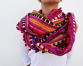 Multicolored circle scarf
