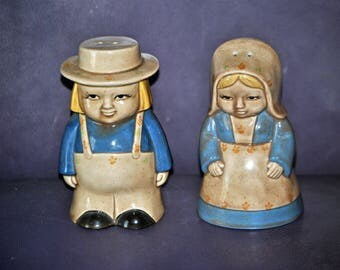 Vintage YOZIE MOLD Boy and Girl Salt and Pepper Shakers -