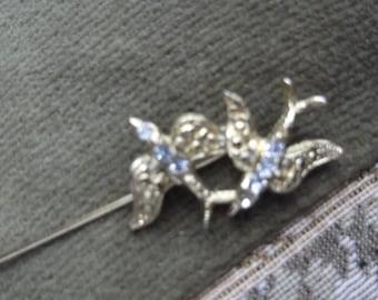 Gold Tone Bird Brooch , Bird Stick Pin, Swallow Brooch Swallow Stick Pin, Vintage Bird Brooch, Bird Lapel Pin