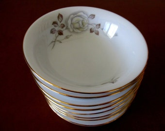 Four Johann Haviland Sweetheart Rose Fruit Bowls, Bavaria Germany