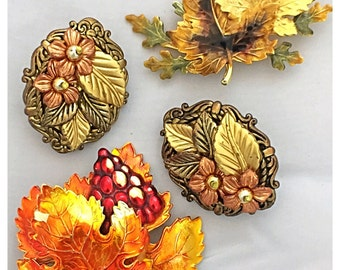 Collection of Fall Brooches and Earrings, Maple Leaf Brooches, Vintage Jewelry Lot for Fall
