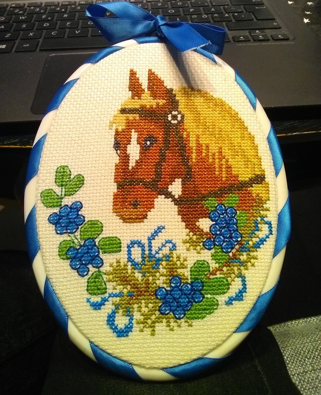 Hoop art with horse. Wall art. Framed Wall Embroidery. Wall hanging ...