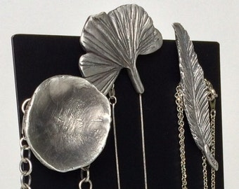 Feather/Ginkgo/Mushroom/Poppy Necklace Holder Strong Magnet Set-Pewter Personalized Gift-Magnetic Nature Modern Metal Woman Jewellery Holder