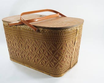 Redmon Picnic Basket, Large Basket w/ Metal Handles, Vintage Woven Brown Basket Red Accent, Peru Indiana,  Woven Basket w/ Pie Stand