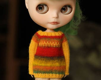 Blythe/licca sweater OOAK - red-orange-yellow-brown