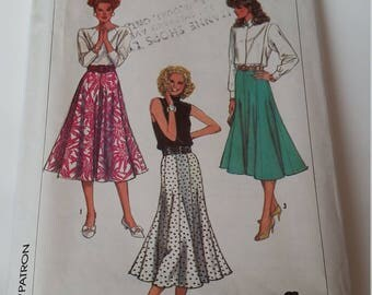 Vintage 1987 Simplicity sewing pattern 7962 Misses' skirt in 2 lengths in size 10, 12, 14