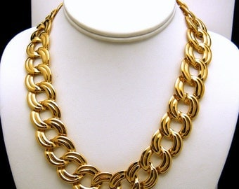 Vintage Napier Classic Flat Link Necklace Gold Tone Marked and Patent Number