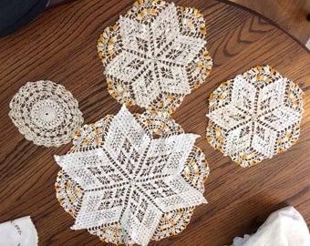 Vintage  crocheted doilies set! 4 hand made doiliesz
