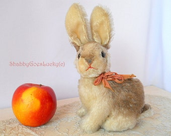 Steiff rabbit Sonny large 7 inch vintage sitting mohair bunny, made 1964, with swivel head & glass eyes, original bow